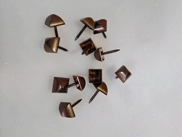 Гвозди мебельные фасонные 507D