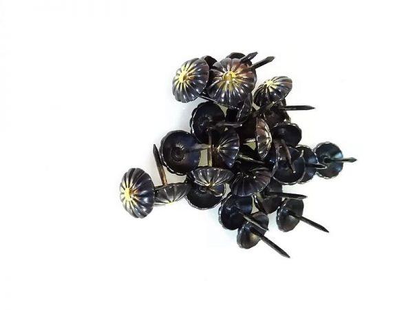 Гвозди мебельные фасонные 548WH